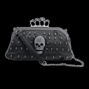 SKULL STUDDED KNUCKLE RING CLUTCH